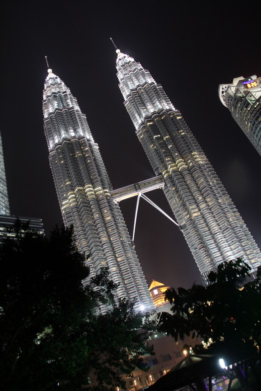 135 GREAT TWIN TOWER
